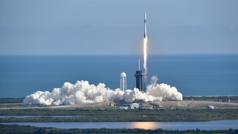 With space X, do we still need NASA?